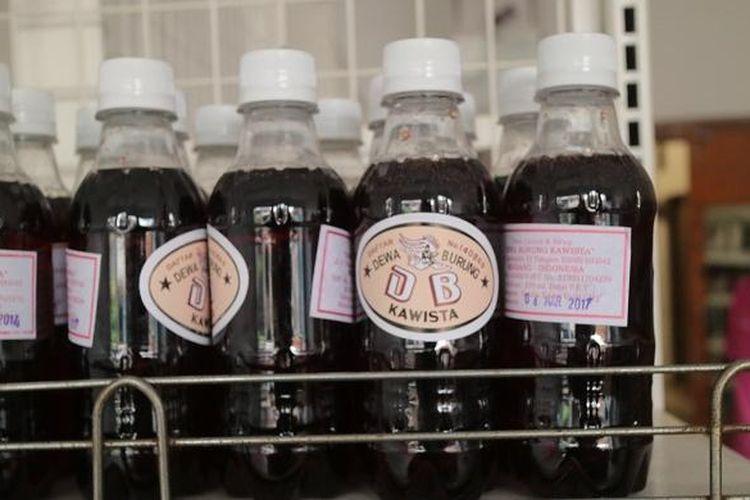 Minuman bersoda dari buah kawista yang juga merupakan minuman khas Lasem.