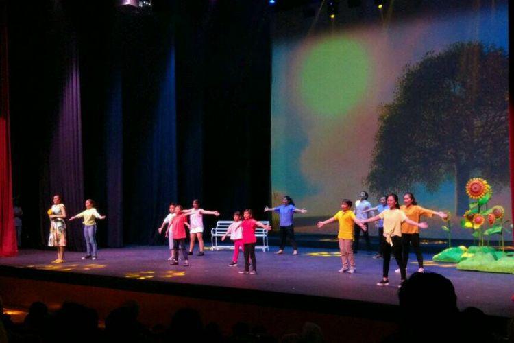 Drama musikal Rasa, Caring from the Heart.