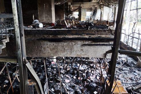 Puslabfor Polri Ambil Sampel ACP di Gedung Kejagung yang Terbakar