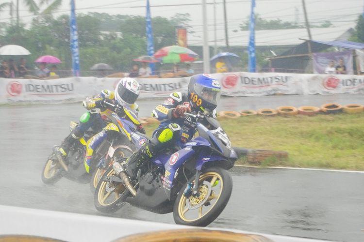 Pebalap YCR 2020 Boyolali dalam babak kualifikasi Yamaha Cup Race (YCR) 2020, Sabtu (29/2/2020).