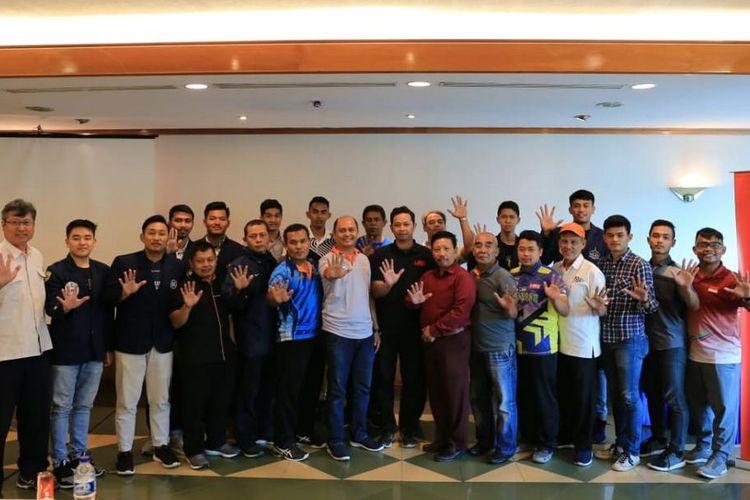 Peserta pertemuan manajer Kompetisi Bola Voli Liga Mahasiswa 2019 pada Rabu (11/9/2019) di Balairung Kiani Graha Menara Hijau, Jakarta.