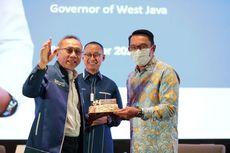 Ridwan Kamil Dapat Kejutan Kue dari Ketua Umum PAN