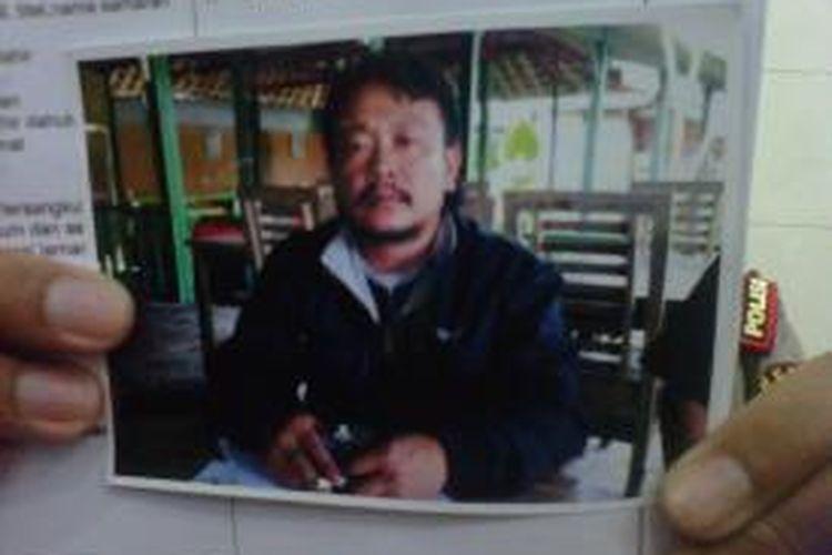Foto AJ, warga Mranggen Kabupaten Demak, tersangka penipuan berkedok penerimaan PNS di Magelang. Saat ini masih dalam pencarian polisi.