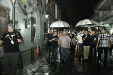 Di Tengah Rintik Hujan, Dua Menteri Berkeliling Kota Lama Semarang