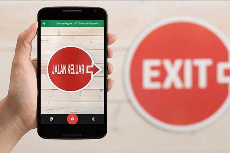 Teknologi World Lens di Google Translate mampu menerjemahkan teks lewat tangkapan lensa kamera