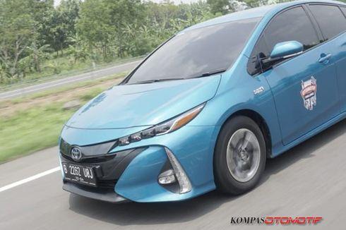 Toyota Prius PHEV Dijual Rp 884 Juta, Tapi Belum Bisa Dibeli