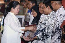 Pantau Bantuan Pemerintah di Surakarta, Menko PMK Turun Langsung