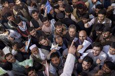 Kantor Paspor Pengumuman Bakal Buka Lagi, Ratusan Warga Afghanistan Sudah Berebut Antre