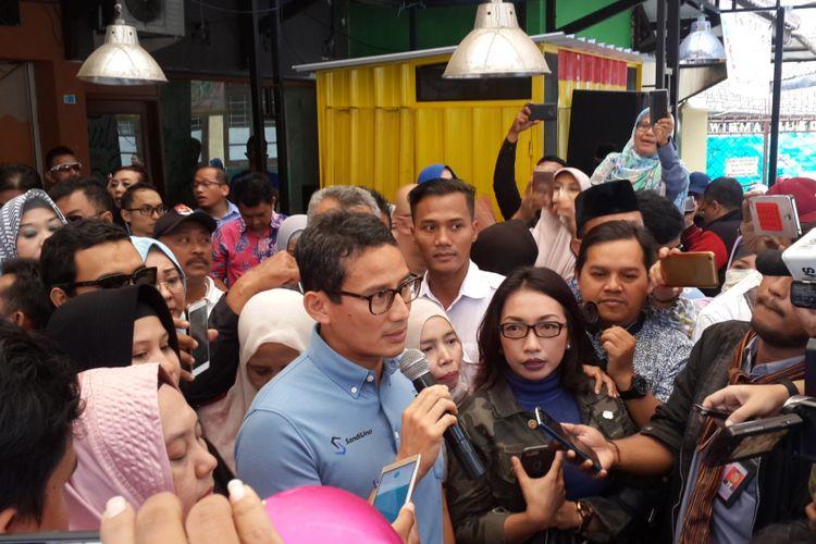 Bakal calon wakil presiden, Sandiaga Salahuddin Uno saat menghadiri coffe morning bersama bakal calon legislatif dari partai koalisi di Jalan Besar Ijen, Kota Malang, Rabu (12/9/2018)