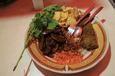 Mencicipi Gurihnya Nasi Uduk Semur Jengkol Bang Udin Sejak 1986