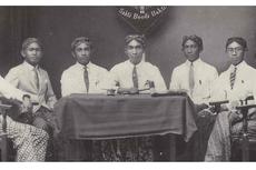 Jong Java: Sejarah, Aksi Politik, dan Indonesia Moeda