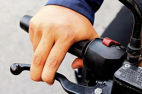 Kesalahan Pengendara Motor Saat Ngerem Pakai Motor Kopling