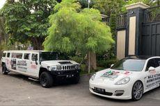 Hummer Limousine dan Sedan Porsche Dibranding Gambar Machfud Arifin-Mujiaman, Timses: Punya Relawan