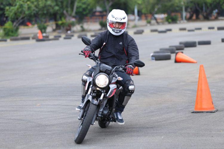 Test Ride Honda CB150 Verza