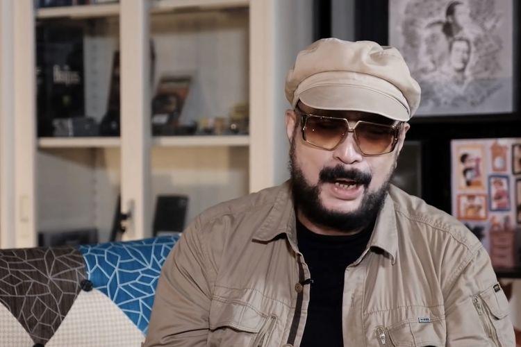 Fahmi Shahab dalam acara Dunia Manji Show. (Bidikan layar YouTube Dunia Manji).