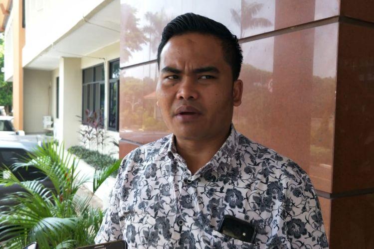 Ketua Bawaslu Kota Bekasi, Tommy Suswanto saat ditemui di Kantor Wakil Wali Kota Bekasi, Kamis (18/4/2019).