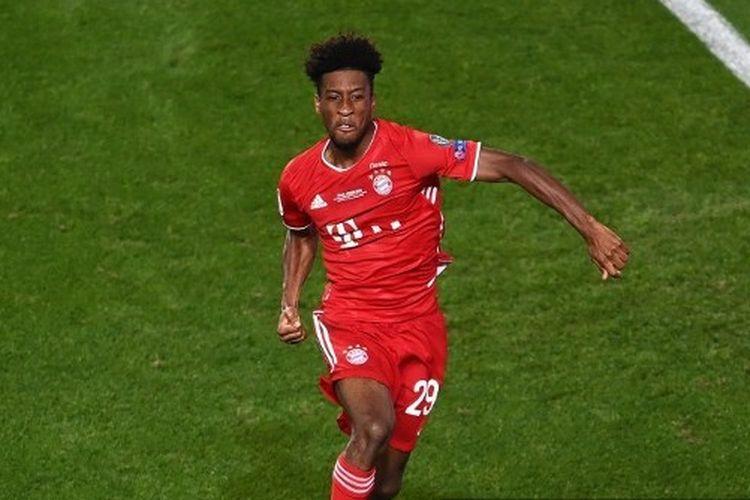 Pemain sayap Bayern Muenchen, Kingsley Coman, mencetak gol ke gawang Paris Saint-Germain (PSG) pada final Liga Champions 2019-2020.