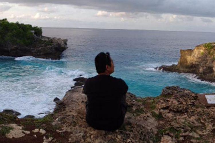 Pemandangan Blue Lagoon di Nusa Ceningan, Kabupaten Klungkung, Bali.