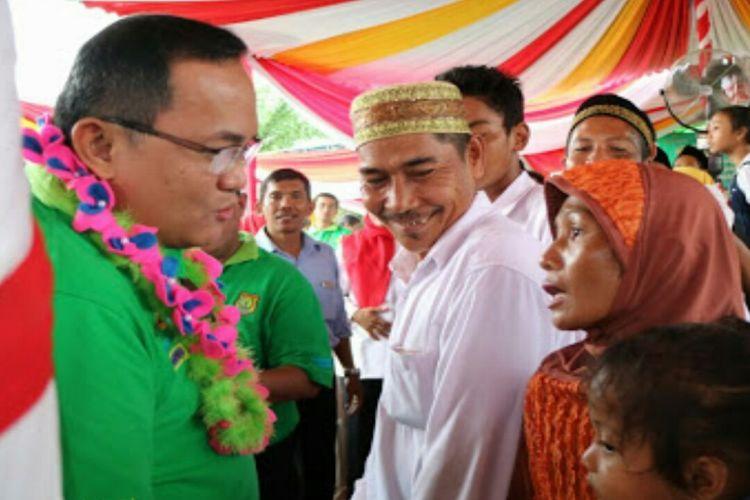 Bupati Muba, Dodi Reza Alex Noerdin berikan semangat pada warga jika Muba sudah punya akan hadirkan PLTMG. Foto : IST