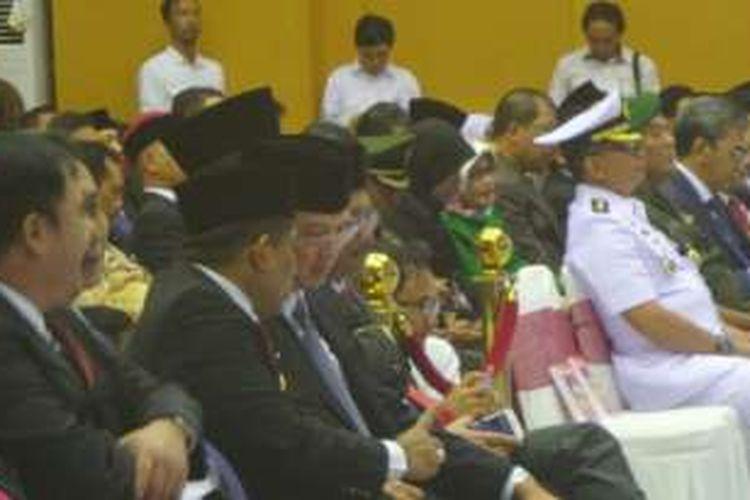 Gubernur DKI Jakarta Basuki Tjahaja Purnama dan Plt Gubernur DKI Sumarsono di Kantor Kemendagri, Rabu (26/10/2016).