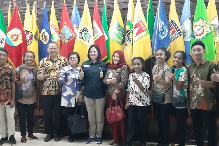 Pelajar asal Papua yang ingin melanjutkan sekolahnya di Kota Semarang