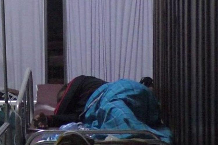 Korban dugaan keracunan saat nenjalani perawatan di RSMM Charitas, Sabtu (27/2/2021).