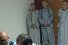 Imigrasi Bali Amankan 3 Biksu Palsu yang Mengemis di Kuta