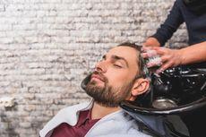Ini yang Akan Terjadi Jika Malas Mencuci Rambut