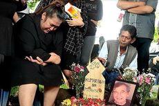 Menangis Tersedu, Putri Johny Indo: Gara-gara Eva Papi Jadi Gini