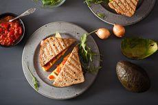 Resep Sandwich Keju Telur Orak-arik Panggang Teflon buat Sarapan