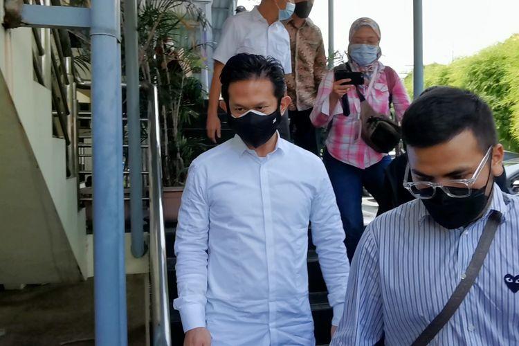 Suami Lulu Tobing, Bani Maulana Mulia saat menghadiri sidang cerai ketiga di PA Jakarta Pusat, Selasa (22/6/2021).