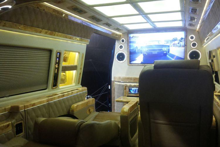 440 Koleksi Dalam Mobil Alphard Modifikasi HD