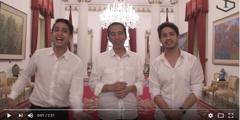 Presiden Joko Widodo berbagi tips untuk menjadi presiden di akun YouTube skinnyindonesian24 milik Andovi da Lopez and Jovial da Lopez.