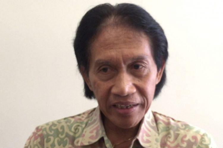 Bens Leo ditemui di Rumah Sakit Pondok Indah (RSPI) Bintaro, Tangerang Selatan, Senin (5/2/2018), ketika melayat jenazah Yockie Suryo Prayogo.
