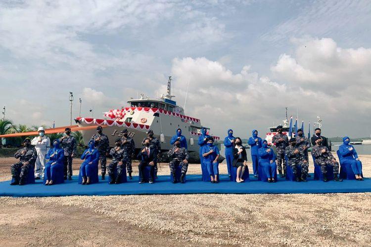 Kepala Staf Angkatan Laut (KSAL) Laksamana TNI Yudo Margono meresmikan dua Kapal Angkatan Laut (KAL) Pandang I-1-72 dan KAL Sarudik I-2-18 di Halte Slipway PT Palindo Marine, Batam, Senin (5/4/2021).