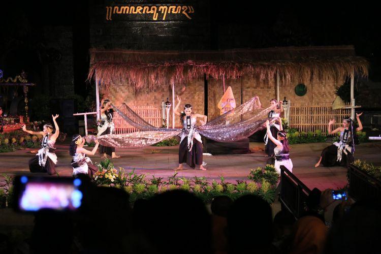 Kesenian Srandul yang dimainkan oleh seniman Kendal di TMII Jakarta. Kompas.com/ dok. Pemkab Kendal