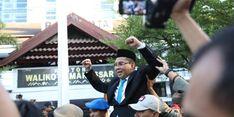 Suasana Haru Warnai Pelepasan Jabatan Wali Kota Makassar Danny dan Wakilnya
