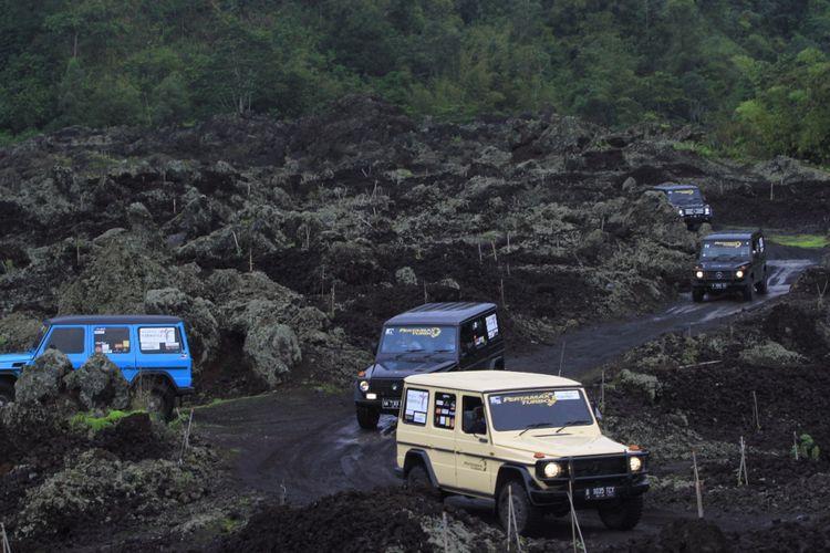 Kawasan Kaldera Gunung Batur di Kabupaten Bangli, Bali yang menjadi salah titik wisata yang dilintasi komunitas Mercedes Jip Indonesia di Banyuwangi dan Bali pada 8-12 Desember 2017.