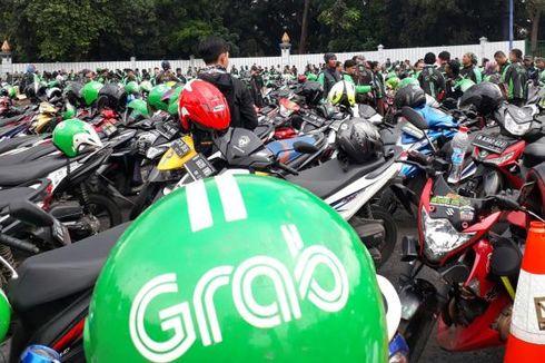 Pengemudi Grab yang Ditabrak Angkot di Tangerang Masih Koma