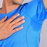 Tips Menghapus Noda Ketiak di Pakaian