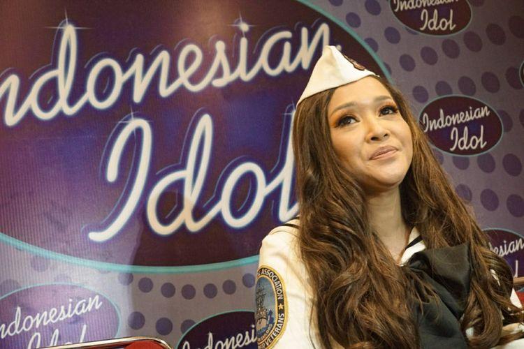 Artis musik yang juga juri Indonesian Idol 2018 Maia Estianty dalam sesi wawancara di MNC Studios, Kebon Jeruk, Jakarta Barat, Selasa (27/3/2018).