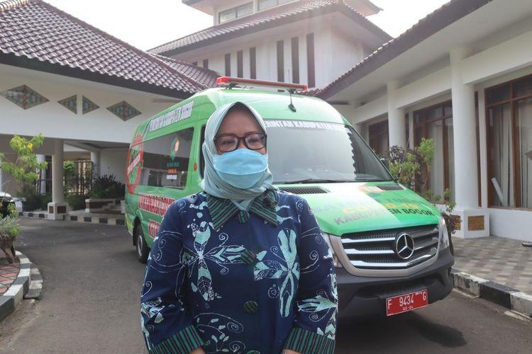 Bupati Bogor Ade Yasin meluncurkan mobil vaksin keliling di Cibinong, Kabupaten Bogor, Jawa Barat, Senin (19/7/2021).