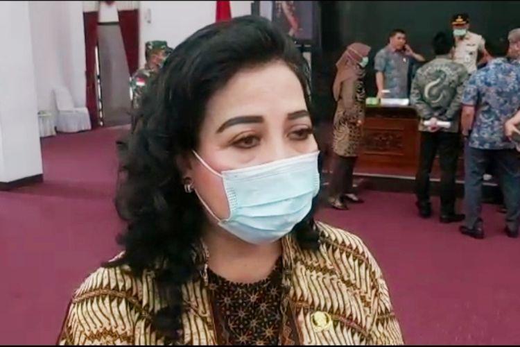 Kepala Dinas Sosial dan Ketenagakerjaan Kalbar, Yuline Marheini.