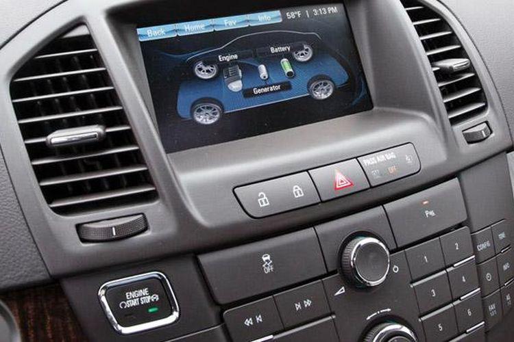Mayoritas mobil baru kini audioanya built in terintegrasi dengan dasbor.