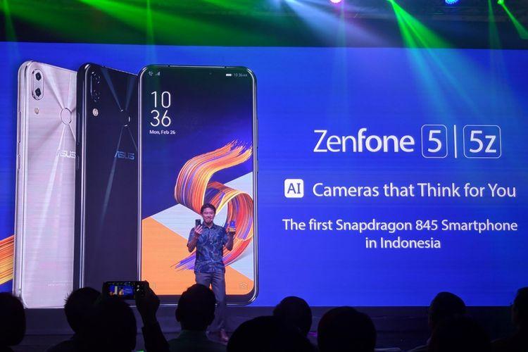 Smartphone Asus ZenFone 5 dan ZenFone 5Z akhirnya resmi masuk Indonesia lewat acara peluncuran yang digelar di Jakarta, Kamis (17/5/2018).