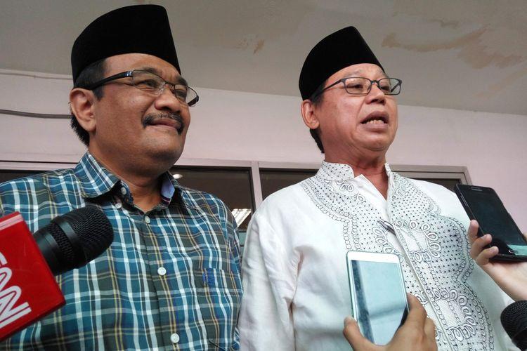 Calon wakil gubernur DKI Jakarta, Djarot Saiful Hidayat bersama ketua umum PPP versi muktamar Jakarta, Djan Faridz di kantor PWNU DKI Jakarta di Jalan Utan Kayu, Jakarta Timur, Sabtu (8/4/2017).