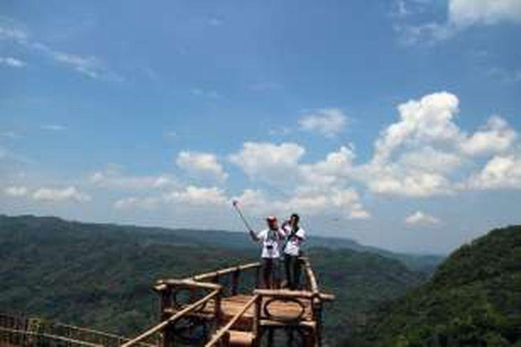 Jurang Tembelan Spot Selfie Baru Di Kebun Buah Mangunan Yogya