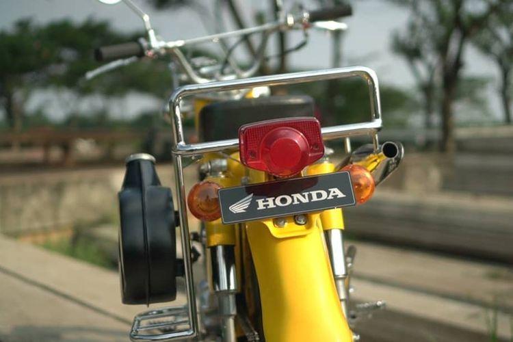 Honda CT110 dari basis Astrea Prima garapan Desth Motorcycle