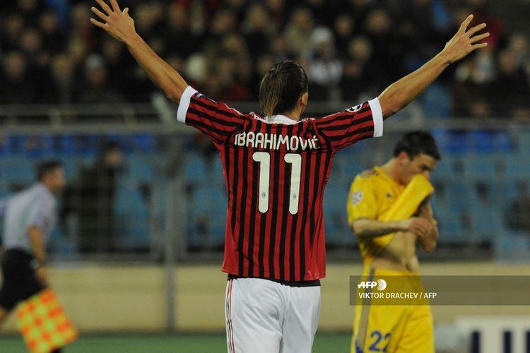 Penyerang AC Milan, Zlatan Ibrahimovic, merayakan gol ke gawang BATE Borisov pada laga Liga Champions di Minsk, Belarus, pada 1 November 2011.
