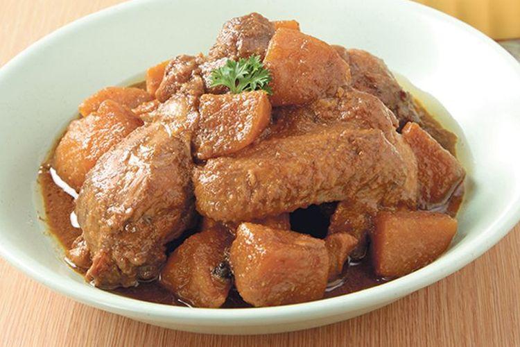 ilustrasi Semur ayam kentang